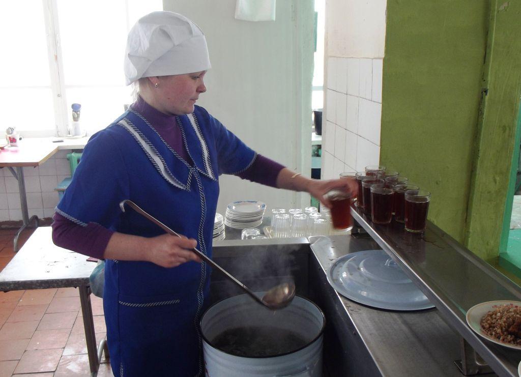работа в томске кух работник приступим